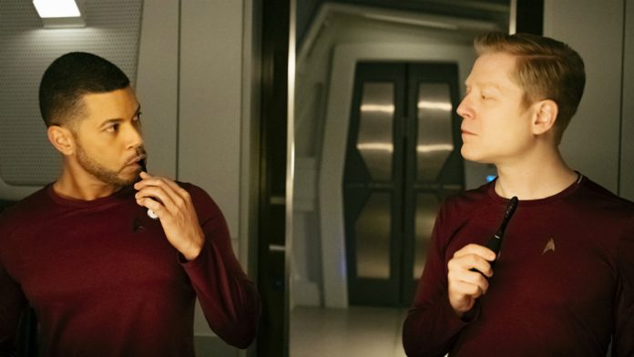 star-trek-discovery lgbtq characters first gay relationship